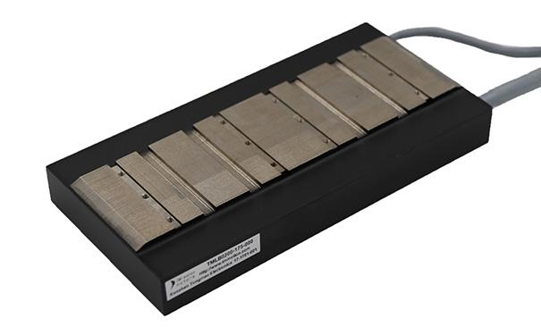 平板直线电机